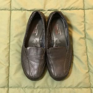Skechers Relaxed Fit Memory Foam Loafers sz 8 grey